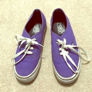🍰Sale! Vans purple and white athletic shoes